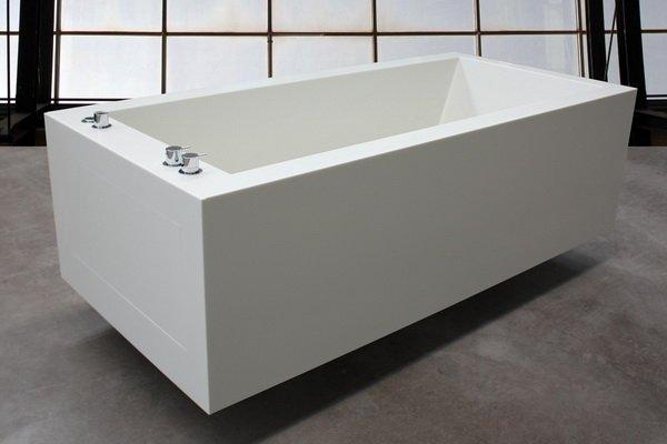 berlin badewanne aus corian kiebitzberg. Black Bedroom Furniture Sets. Home Design Ideas