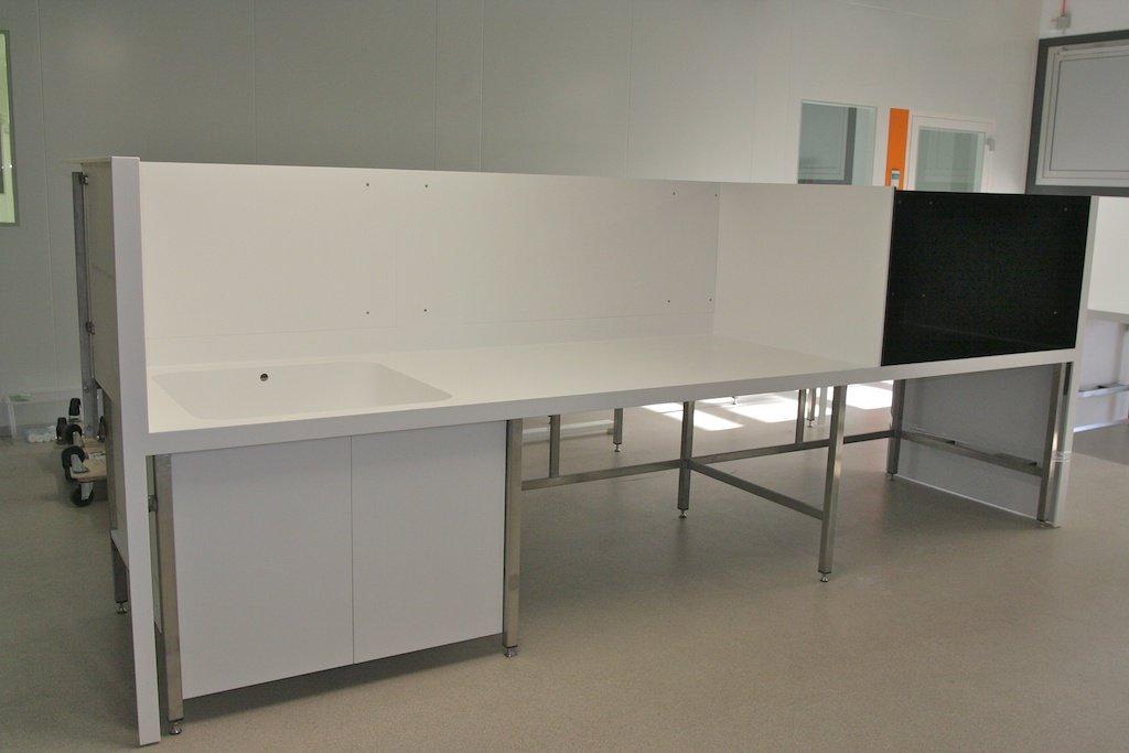 berlin wissenschaftlicher mineralwerkstoff arbeitstisch. Black Bedroom Furniture Sets. Home Design Ideas